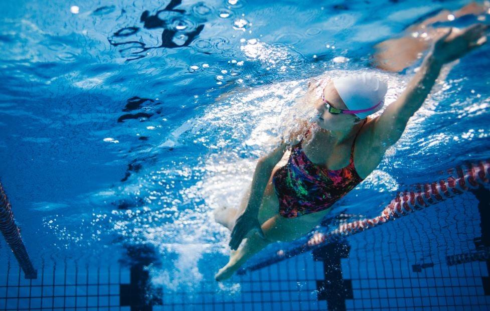 ¿Qué es la biomecánica en natación?