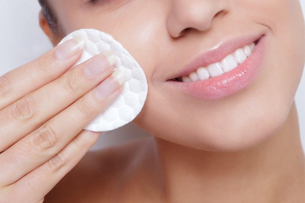 Set básico de maquillaje: la limpieza
