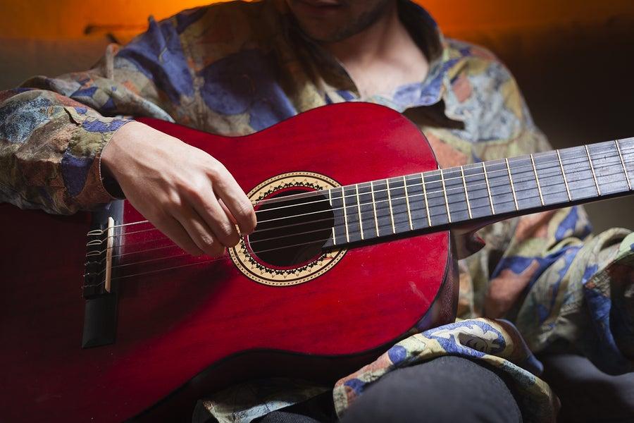 La improvisación en la guitarra flamenca es una excelente herramienta para mejorar día a día.