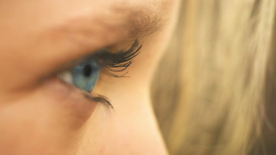 ojo para simbolizar el pensamiento lateral