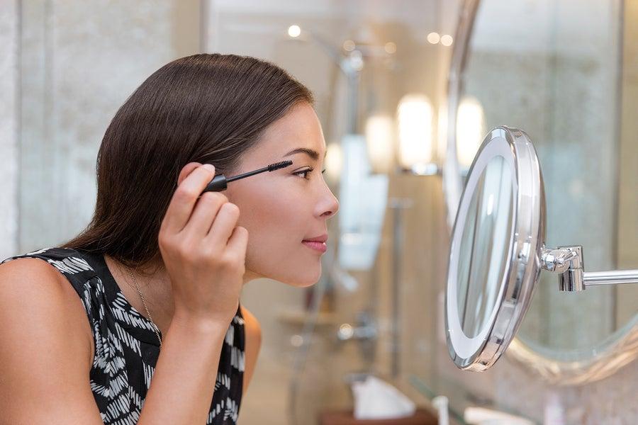 Cómo el maquillaje influye en tu autoestima