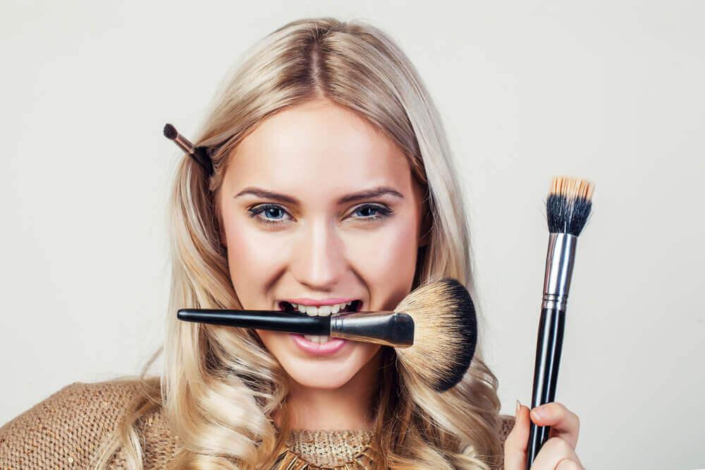 Consejos para maquillarte en muy poco tiempo