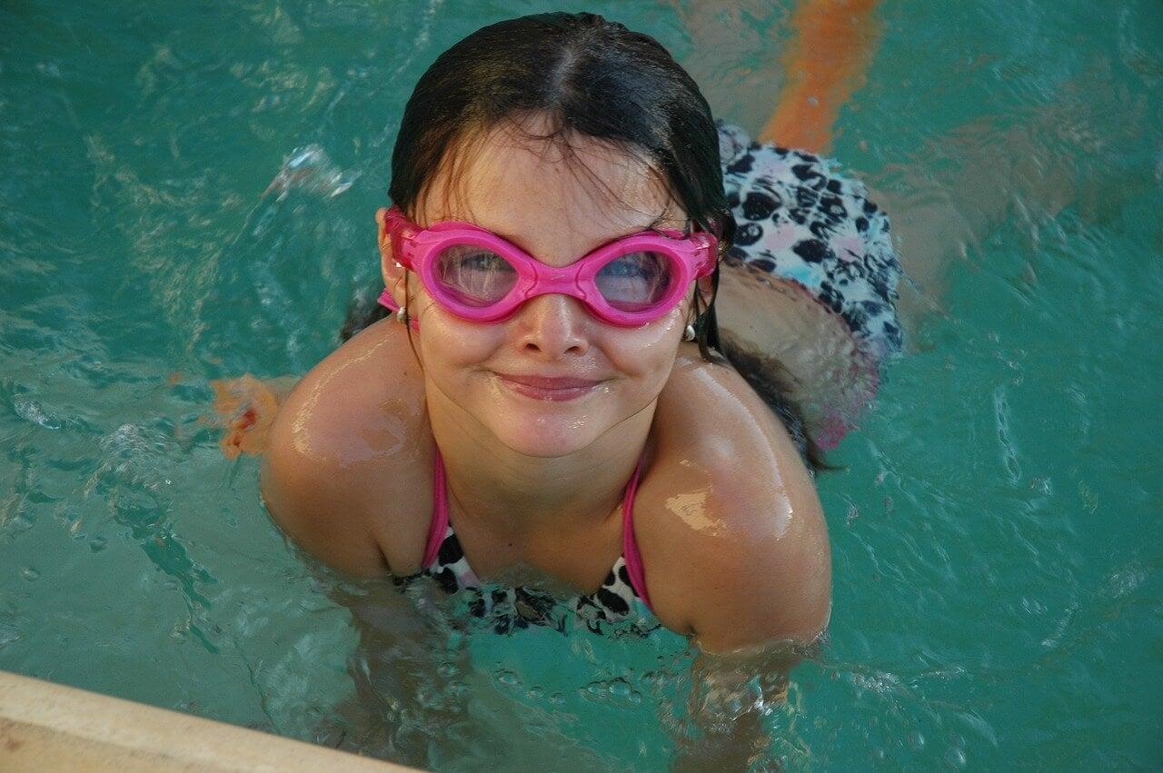 primeros pasos nadar