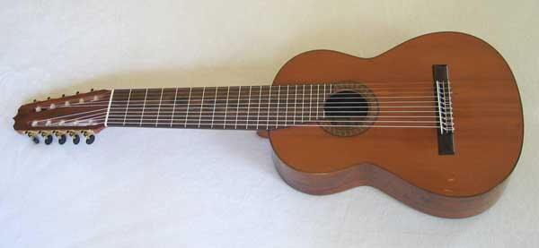 Guitarra de diez cuerdas