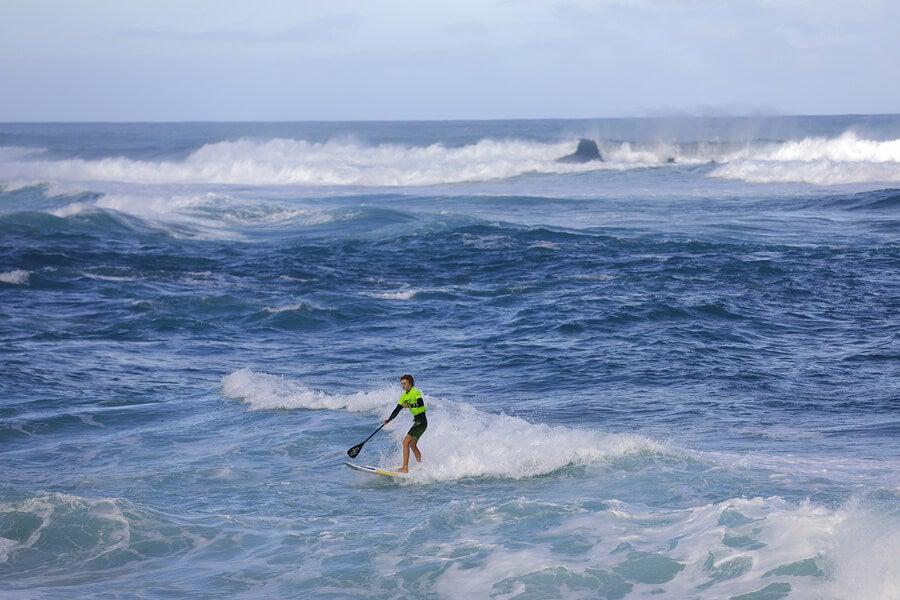 El paddlesurf es una de las disciplinas acuáticas que demanda saber nadar