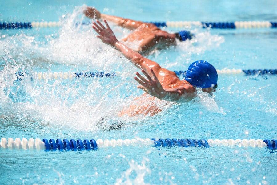 Competición con los mejores nadadores del mundo.