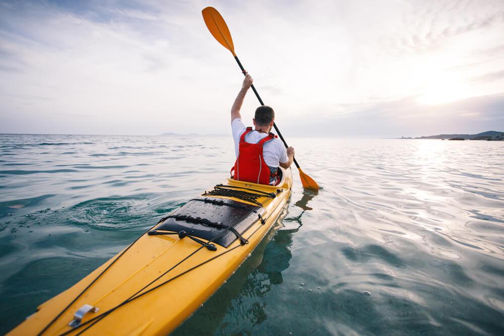 Diferencias entre canoa y kayak: palas