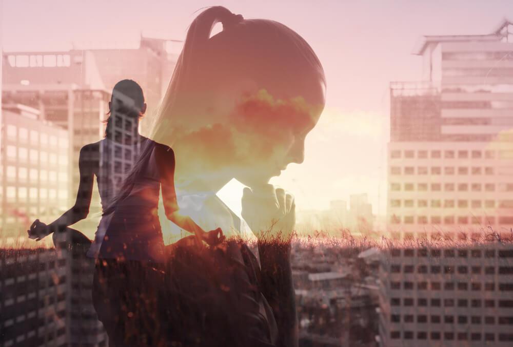 Mujer controlando el estrés