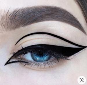 Eyeliner flotante