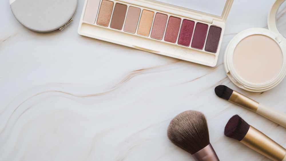 Productos de maquillaje por menos de 10 € que merece la pena comprar