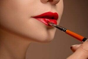 maquillar los distintos tipos de labios