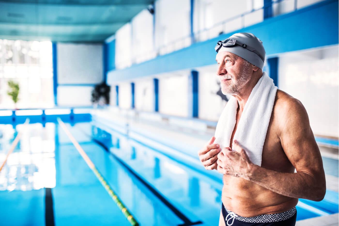 Adulto nadador