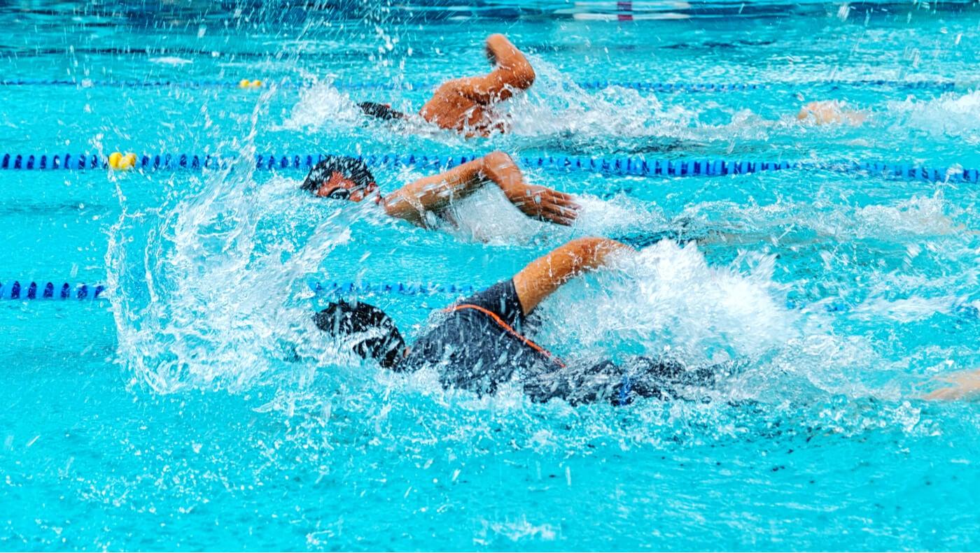 Gestas deportivas: récord mundial de Brasil en relevos de natación