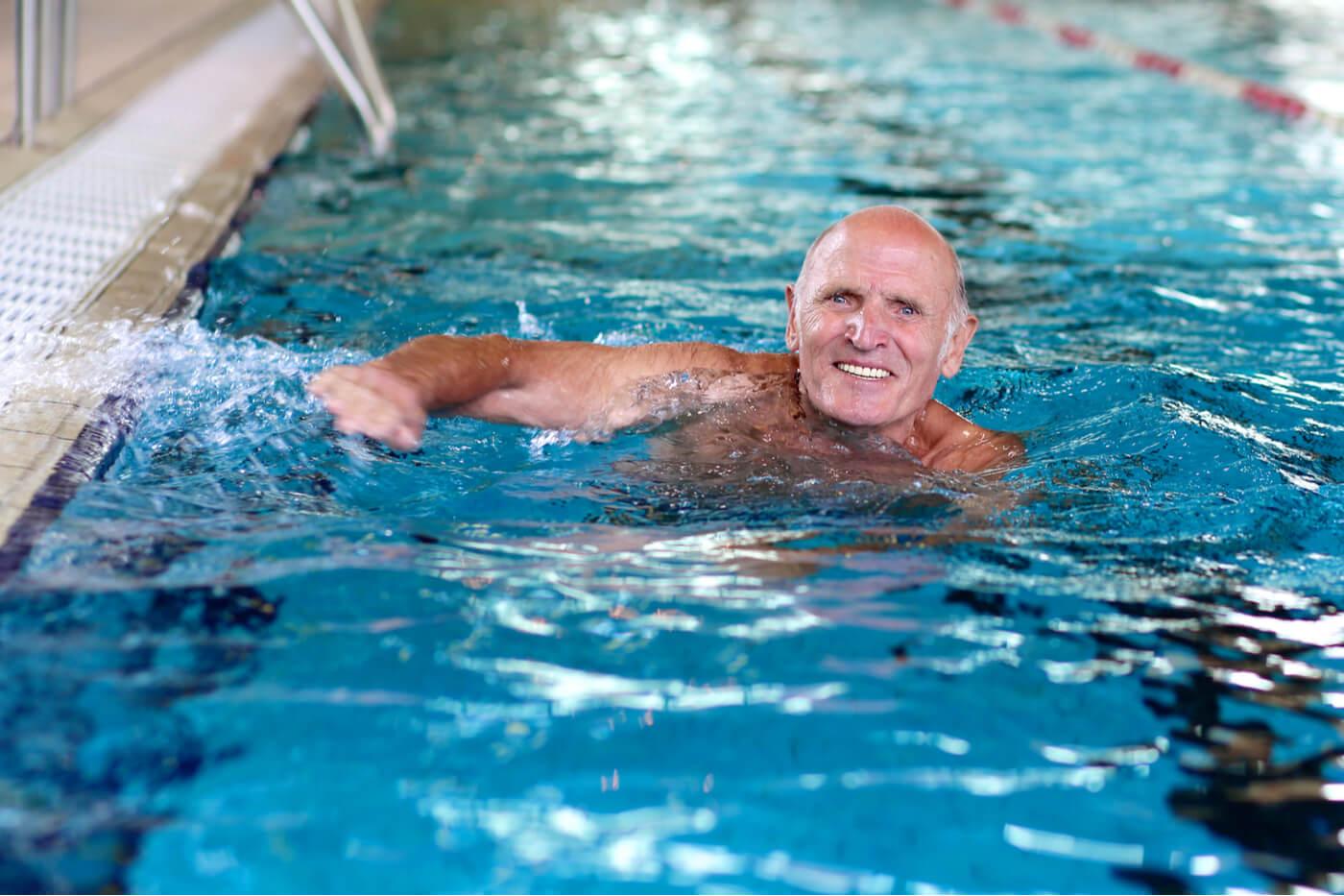 Recomendaciones para aprender a nadar en la edad adulta