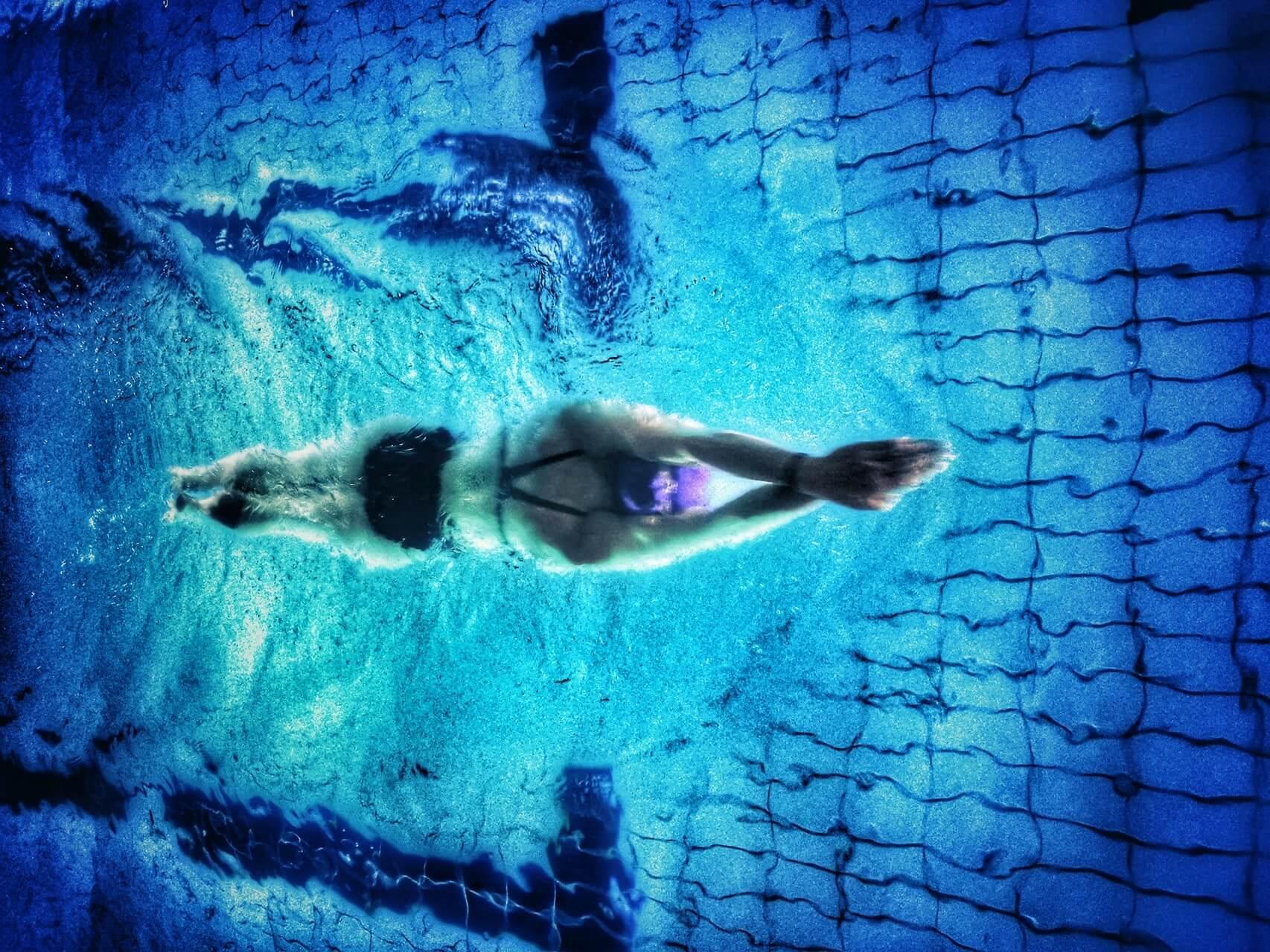 Diferencias entre natación de piscina corta y larga