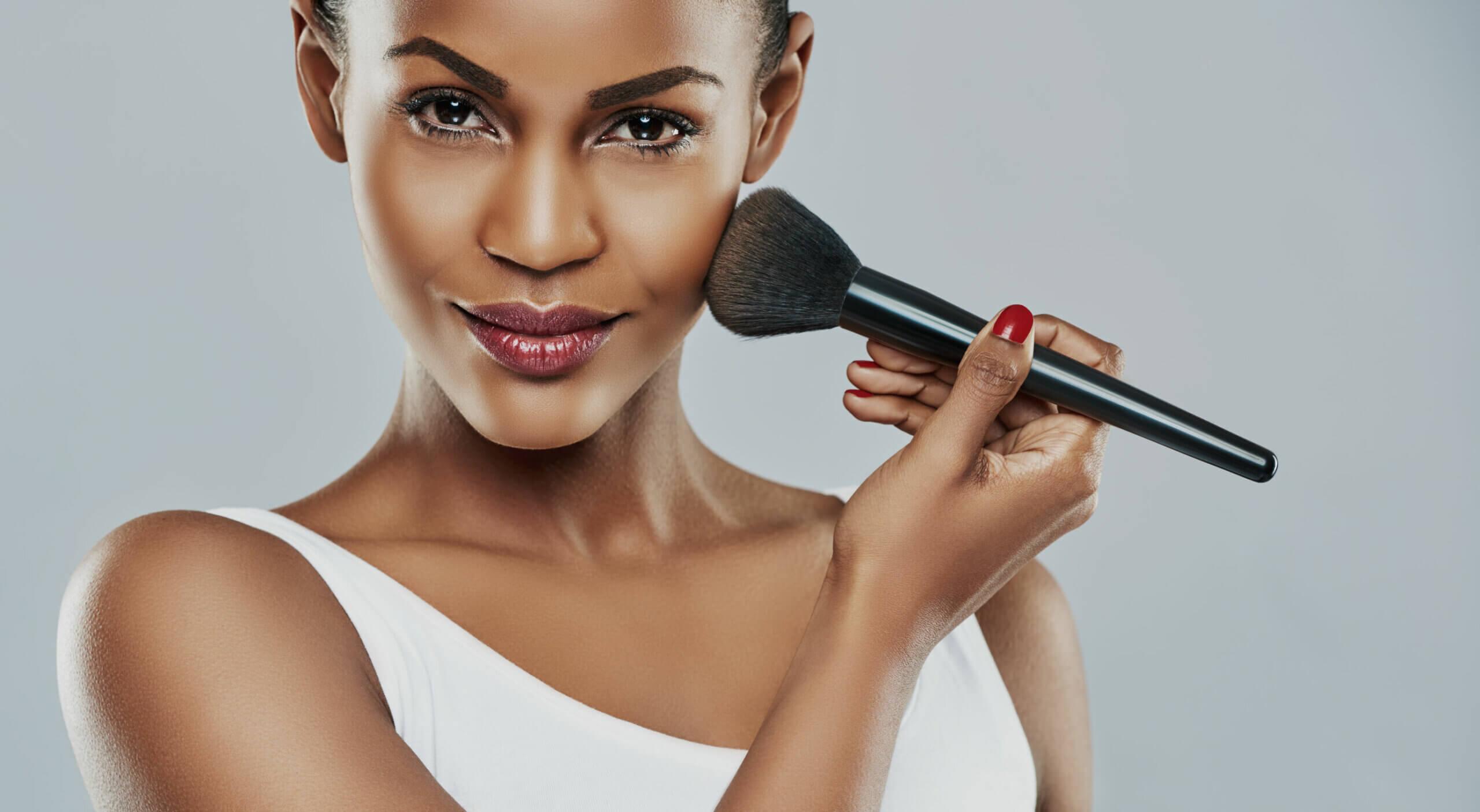 Los mejores trucos de maquillaje para morenas