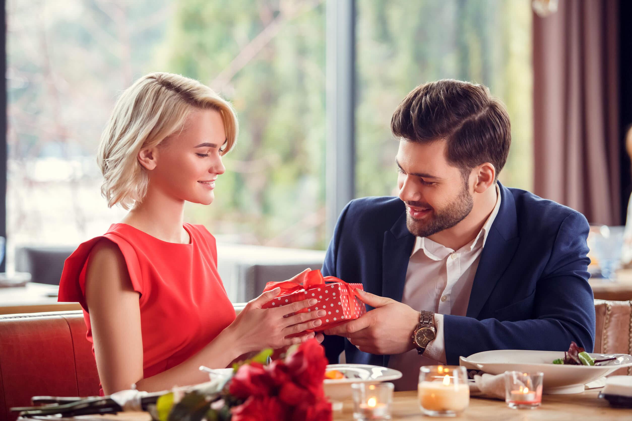 Maquillaje para regalar en San Valentín
