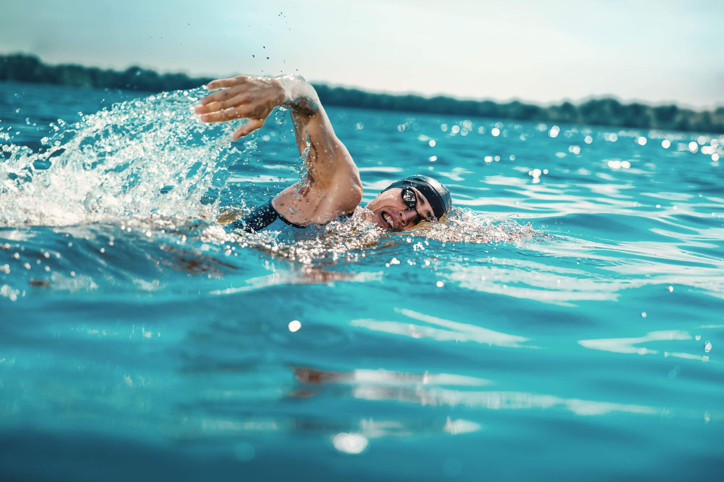 Todo lo que deberías saber sobre los fondos en natación